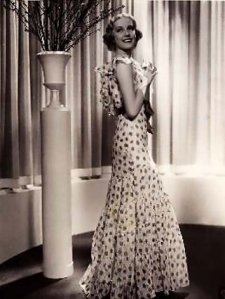 1930s-bias-cut-dress-fashion