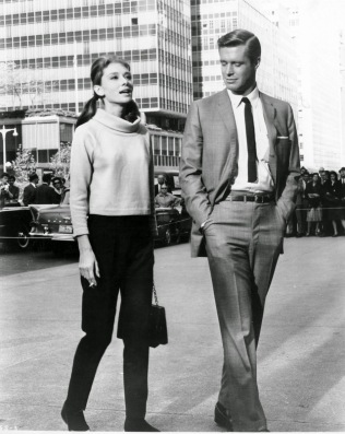 Audrey Hepburn & George Peppard - Breakfast at Tiffany's - 1961