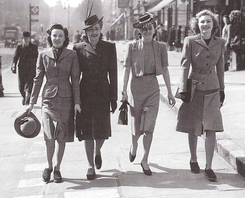 A World at War & Women at Work: the Chic Utility of the 1940's ...