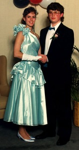 1980s-prom-dress-2