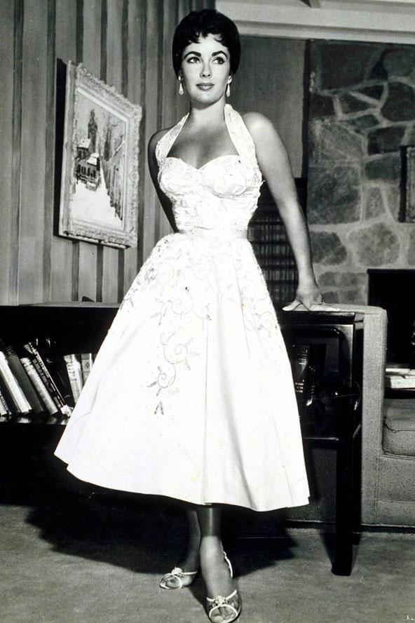 1950s fashion for Elizabeth taylor wedding dress