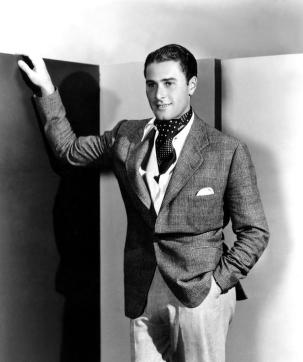 errol-flynn-1930s-everett