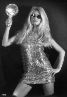 a1970-brigitte-bardot-minidress-boots-1