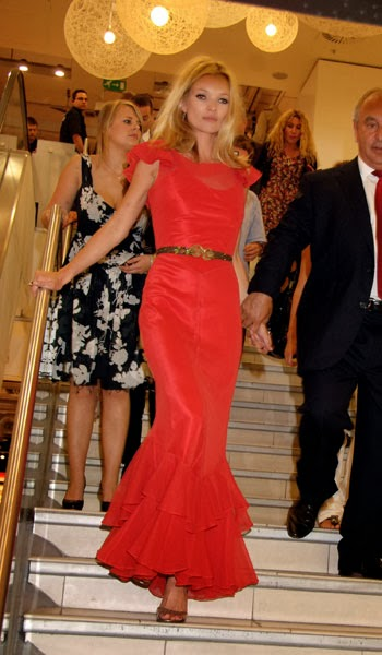 Kate-Moss-full-length-red-dress