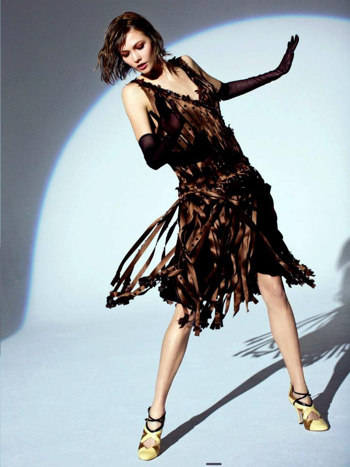 Karlie-Kloss-by-Arthur-Elgort-for-Vogue-Australia-May-2012