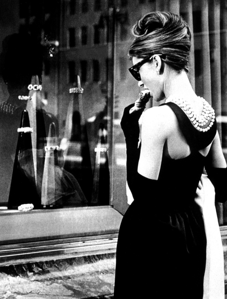 breakfast-at-tiffanys-little-black-dress-back