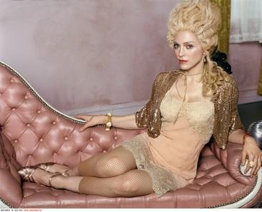 Madonna-madonna-1282914-988-800