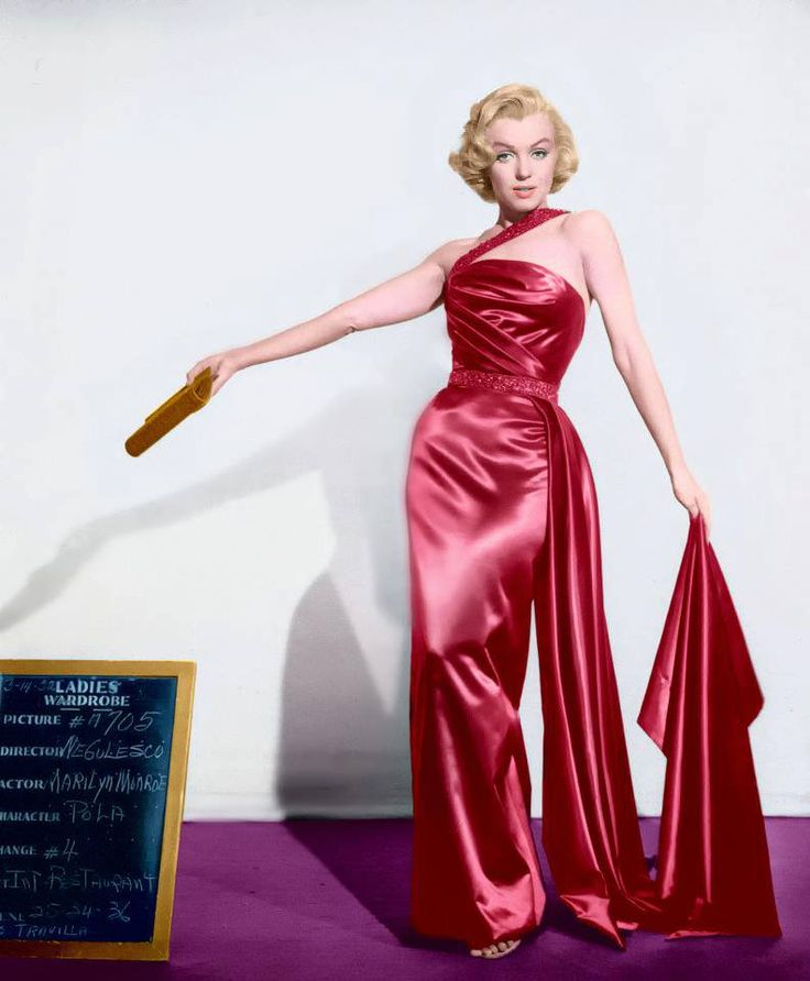 6977090f0bb0d5b0ff142ac837891d7d--movie-costumes-marylin-monroe
